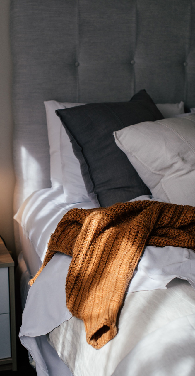 Residences - Bed detail